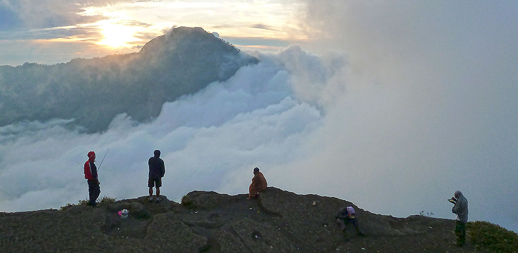 Indonésie Vos En Equipement Treks À Prévoir Pour 8OPXn0wk